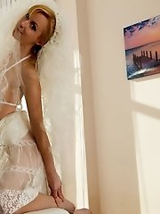 Sassy Blonde Teen Puts On Brides Clothes To Show Off What It Is Like When An Insanely Sexy Body Reve