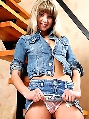 If You Think Staircases Are Dangerous Just Look At This Extraordinary Chick. Fully Loaded With Desir